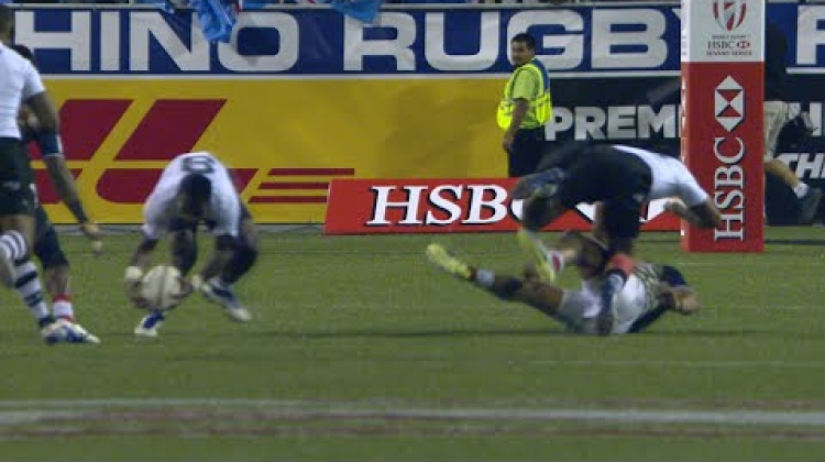 RE:Live - Jerry Tuwai takes one from his LACES and runs free!