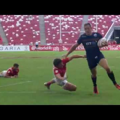 Mark Robertson scores his 100th sevens try in Singapore!