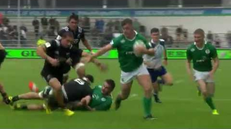 Ireland U20 hooker powers down the wing to score!