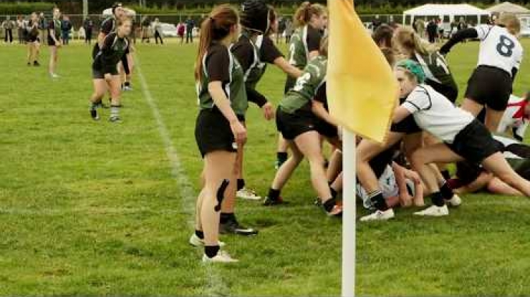 CW Rugby 2017 11 26 U16U18 Women South Island North Island Cowichan Field