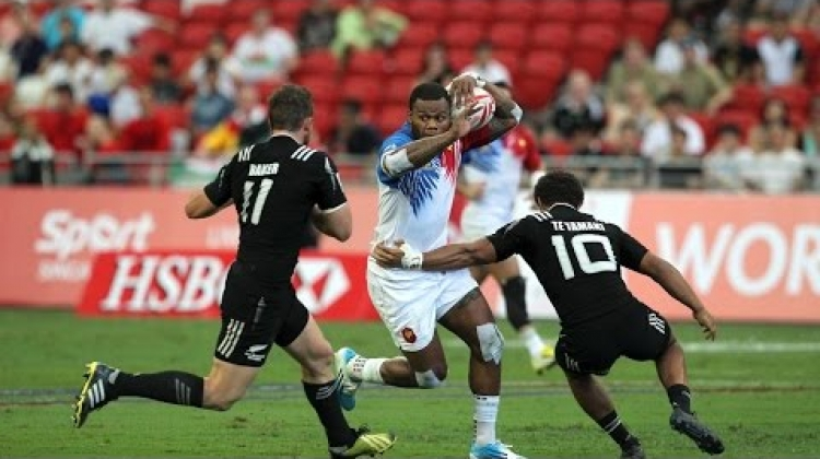 HIGHLIGHTS! Les Blues impress at Singapore Sevens - Day one