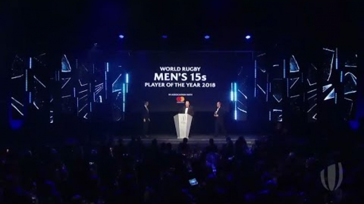 Speechless Sexton picks up World Rugby Men's 15s Player of the Year Award 2018